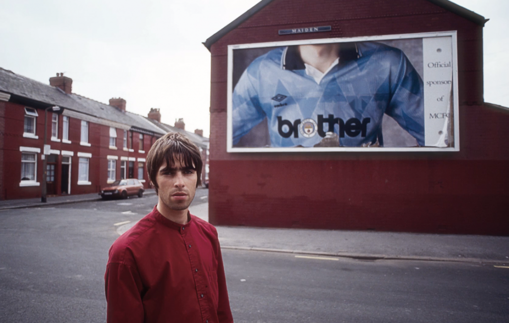 l'équipe explore, manchester, manchester united, manchester city, fc united, oasis, the smiths, stone roses, hacienda, brother, gallagher, liam gallagher