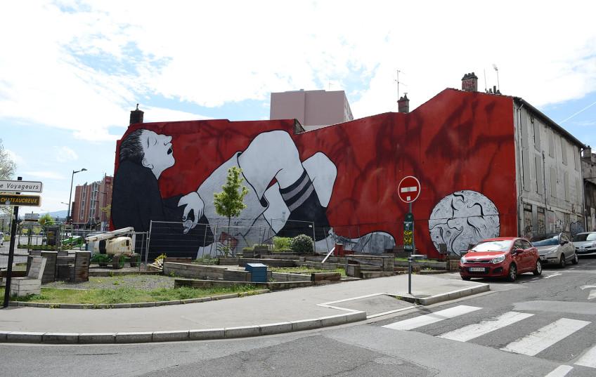 ella & pitr, les papiers peintres, sainté, saint etienne, asse, culture foot, euro 2016, la buvette, graffiti, gustave le popualaire