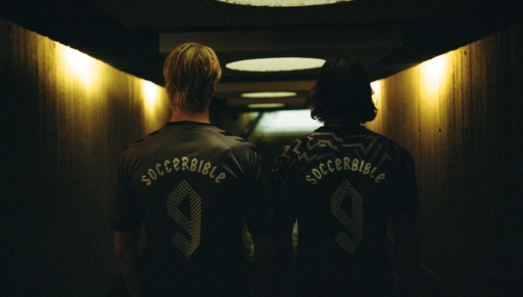 soccerbible-x-hummel-hive-par-the-rige-out-0